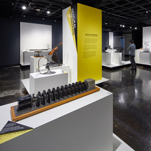 Pedestals, platforms and more – Gestural Engineering: The Sculpture of Arthur Ganson at MIT Museum